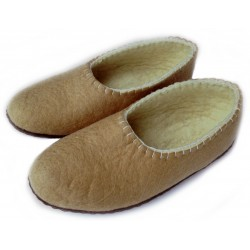 Felt Slippers (sand, closed back - smaller sizes)
