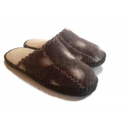 Felt Slippers (Brown, open back)