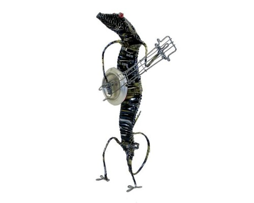 Recycled Tin Gecko with Guitar